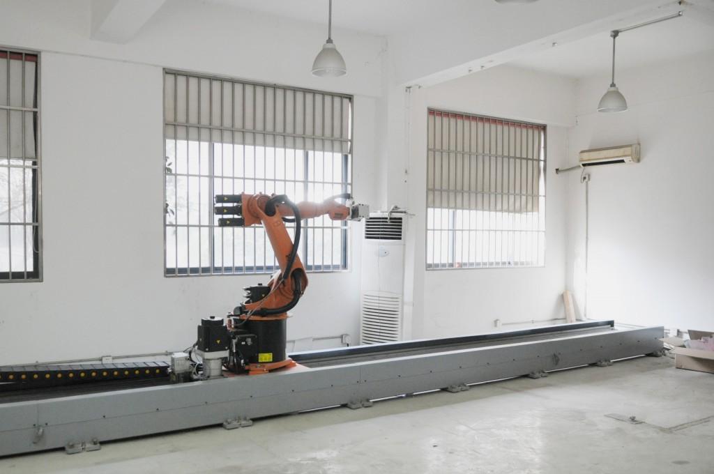 小型工业机器人系统 KUKA KR16-2